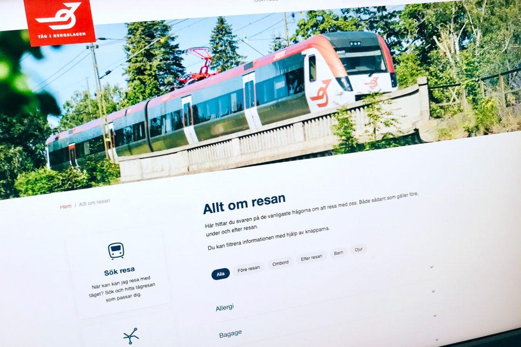 Tåg i Bergslagens webbsida visas på en skärm
